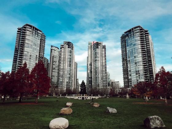 Morar em condomínios fechados: vale a pena?